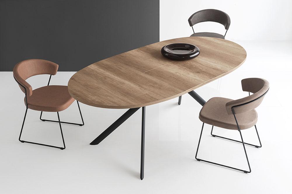Giove matbord ovalt 140x100cm bord m bler for Tavolo ovale calligaris
